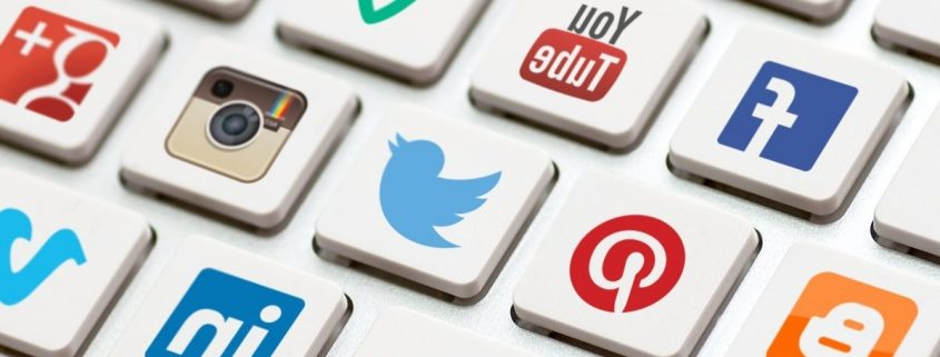 تاثیر شبکه های اجتماعی بر استارتاپ ها